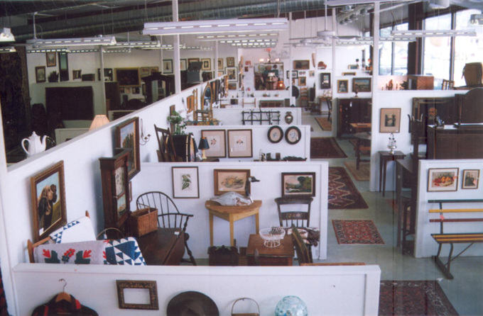 Antique and Art Dealers in Berkshire County, Antique Dealers in Berkshire County, Antiques and Art in the Berkshires, Antiques in the Berkshires, Antique Dealers in the Berkshires, Sheffield, Great Barrington, MA Antique Dealers